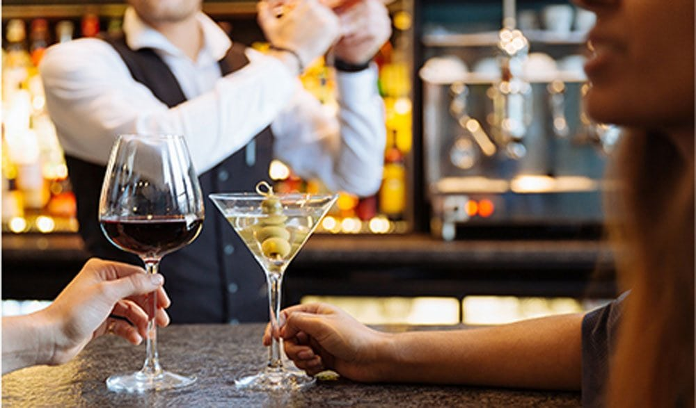 Enjoy a cocktail at our hotel bar in Putney